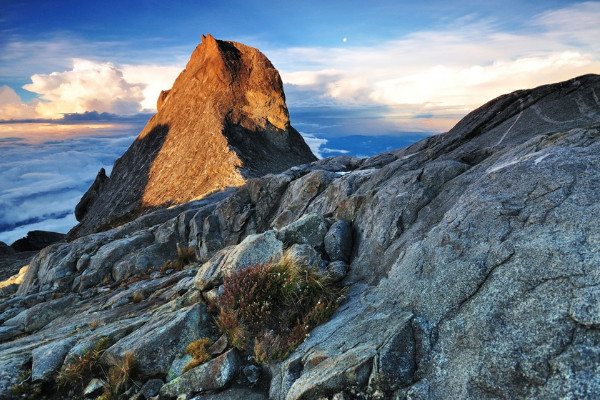 Gunung-paling-tinggi